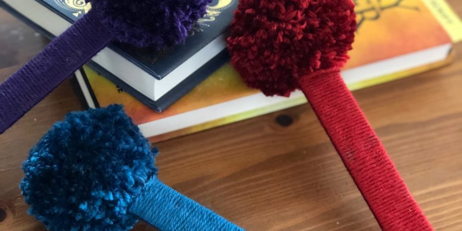 Bookmark, DIY, PomPoms, yarn